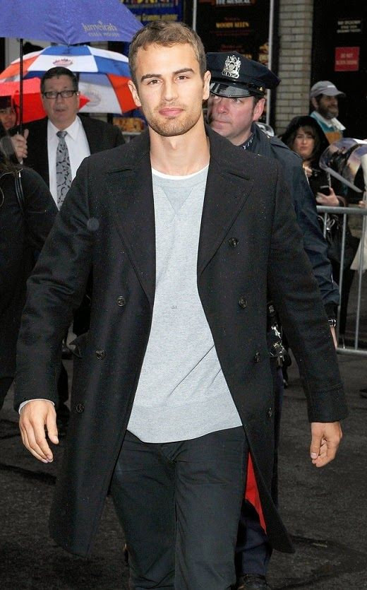 Theo James Heading Into 'The Late Show with David Letterman'