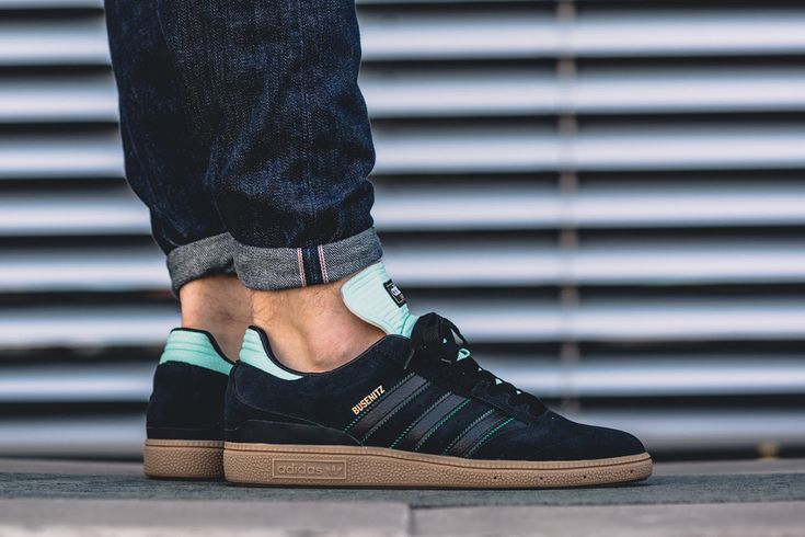 Dennis Busenitz's adidas Skateboarding signature silhouette is rocking Tiffany-esque ice green accents for its latest release. The drop is built on a gum s