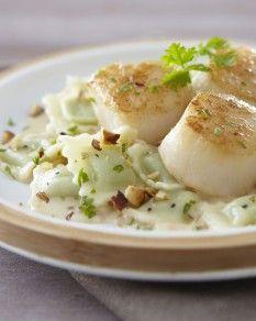 Ravioles du Dauphiné aux st Jacques et noisette, sauce crème et porto blanc - Recette de l'atelier des chefs