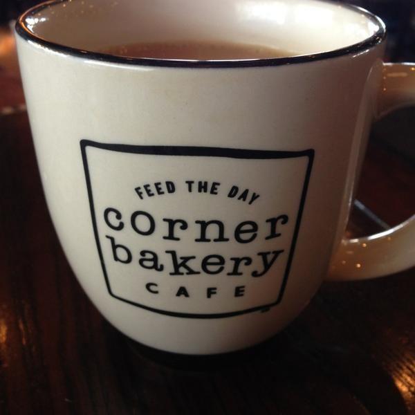 Photo taken at Corner Bakery Cafe by Angel E. on 7/14/2013