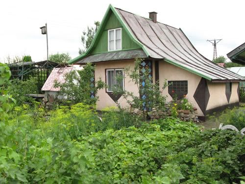 ::A family garden plot in Poland that's been in the family for decades::