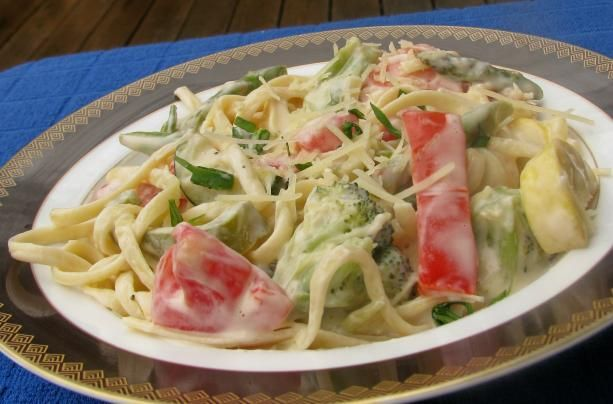 Pioneer Woman s Pasta Primavera from Food.com:   Posting for safe keeping.  Looks like the perfect meal to me!  Courtesy of Pioneer Woman.