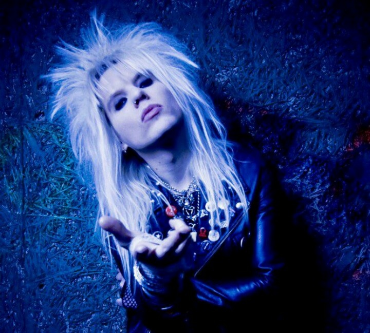 Peter London.  CRASHDIET