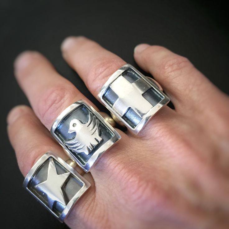 Unisex statement rings