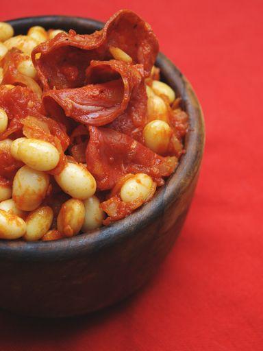 chorizo, poivre, coco de paimpol, tomate, oignon, huile d'olive, ail, sel