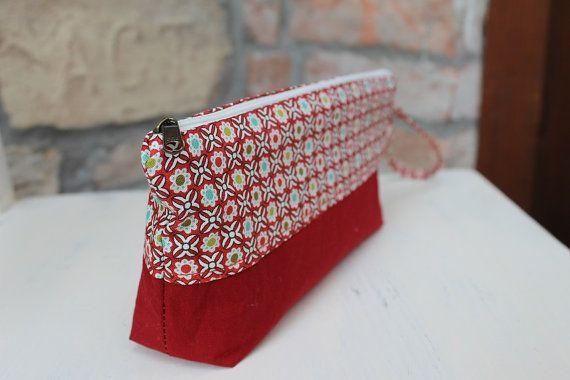 Cosmetic pouch Red  flower Pencil case floral cotton make up bag zipper  #canvaspurse #pencilcase #redpurse #zipper #toiletrybag
