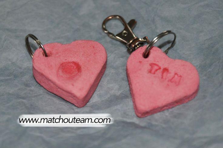 Porte-clefs souvenir | Une empreinte d'index grav�... �Le petit cadeau qui fait craquer les parents