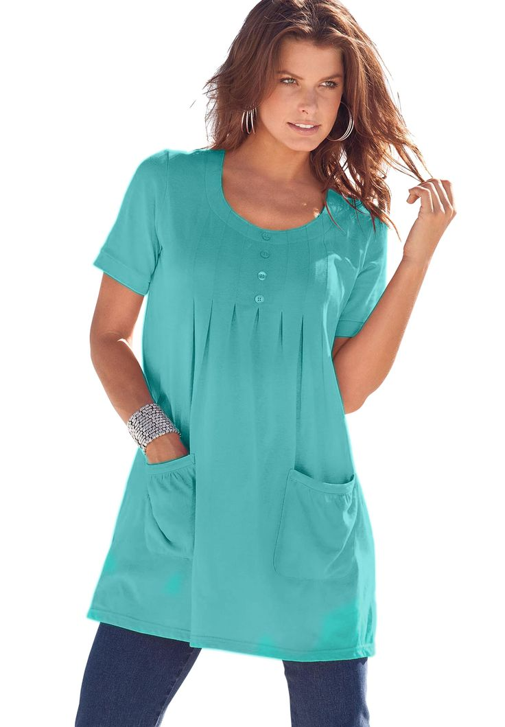 Plus Size Tunics Stylish plus size tunics are the fashion gal's casual and dressy go-to choice. Every season, we update this full-figure fashionista's favorite.