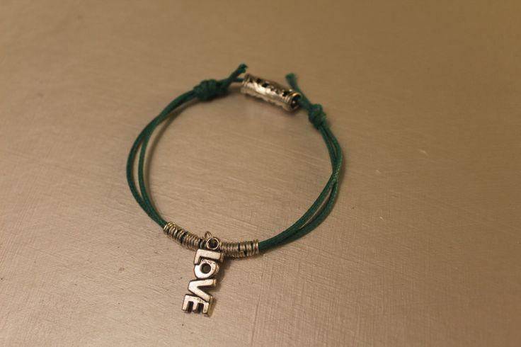 Love with Love - Braccialetto regolabile di theKikish su Etsy