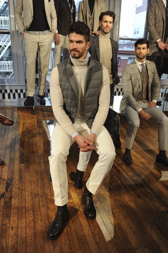 Siempre elegante, la colección de invierno de Suit Supply se presentó en el marco de la semana de la moda de Nueva York, con elementos co...