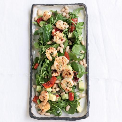 Garlic and chilli prawn salad with avocado and white beans