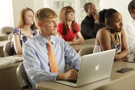 Top Distance Learning MBA colleges at Academic Edge