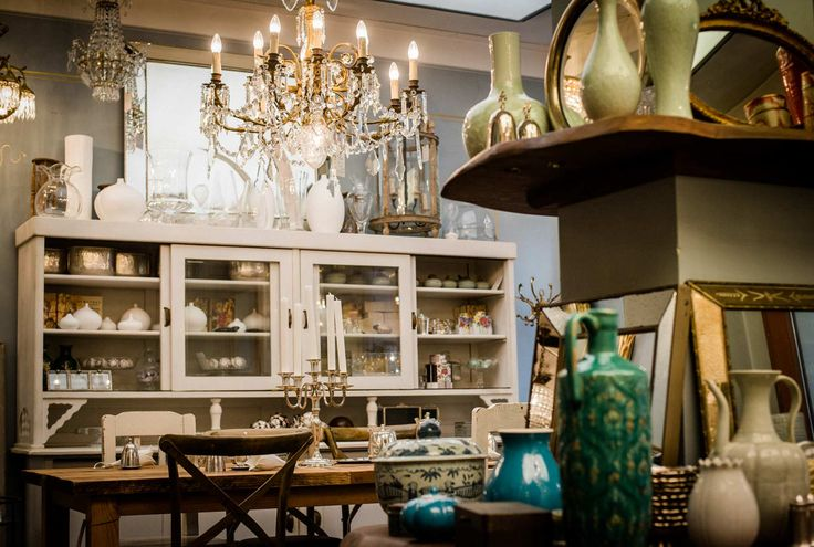 ber ideen zu antike m bel auf pinterest. Black Bedroom Furniture Sets. Home Design Ideas