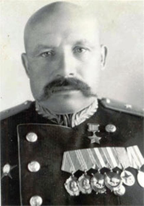 Lieutenant-General Gnechko Alexei Romanovich (1900 - 1980), Soviet military leader, a participant of the Civil, Great Patriotic (WWII in Russia) and Soviet-Japanese (1945) wars. Commanded the 59th Rifle Division (1941-1942), the 26th Rifle Corps (1942-1944) and the Kamchatka defensive region (1945).