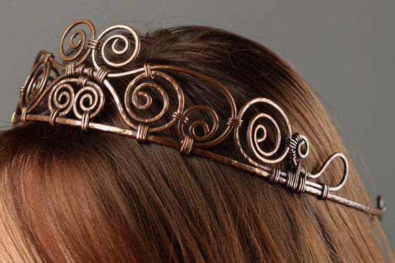 Copper Tiara Womens Gift Diadem Copper Crown Celtic Crown Fantasy Tiara Metal Work Hand Forged Hammered Copper Elven Jewelry Antique Copper