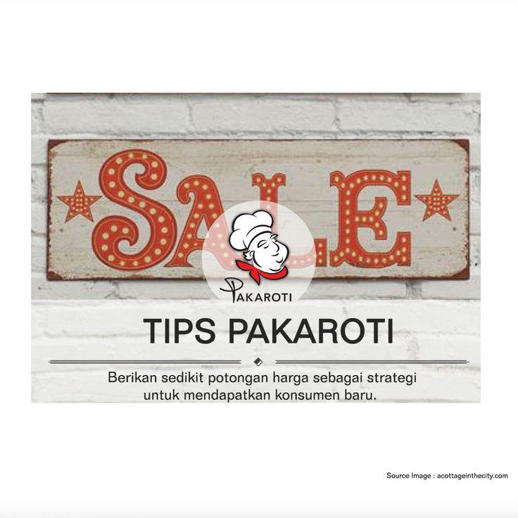 Memberikan bonus maupun potongan harga khusus pada event tertentu ataupun memasang banner di tempat yang strategis merupakan salah satu promosi yang bisa dilakukan untuk mendapat konsumen baru. - www.pakaroti.com #TipsPakaroti
