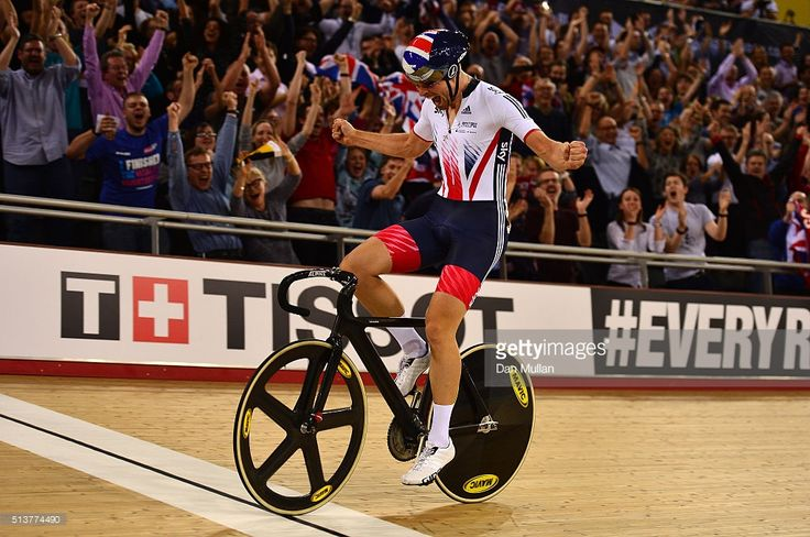 Jonathan Dibben of Great Britain celebrates after winning the final of the Mens Points Race during Day Three of the UCI Track Cycling World Championships at Lee Valley Velopark Velodrome on March 4, 2016 in London, England. #TWC2016 #rm_112