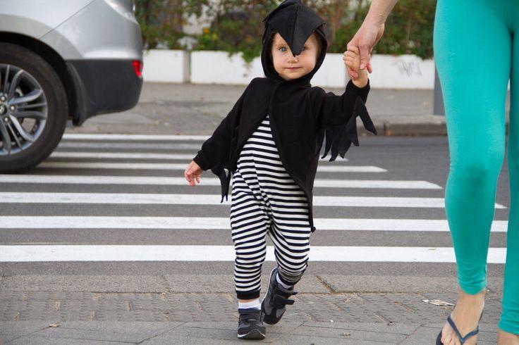 CRAW kostuum / Baby kostuum / Halloween kostuum baby / Kids kostuum door ThumbelinaWorkshop op Etsy https://www.etsy.com/nl/listing/466967295/craw-kostuum-baby-kostuum-halloween