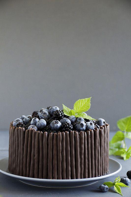 Рецепт этого тортика от моей любимой Лорель Паскаль... Угадайте, что я купила себе в Италии? Конечно ее книгу, на итальянском! И хотя ни слова ни…