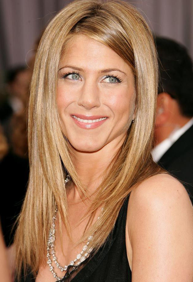 Jennifer Aniston has a strong nose and eyes that slant ...