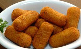 Bolinho de aipim com queijo - Receitas - Receitas GNT