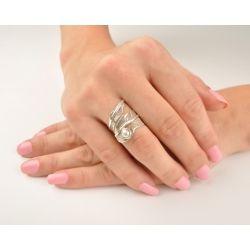 Кольцо «Перо» с жемчугом