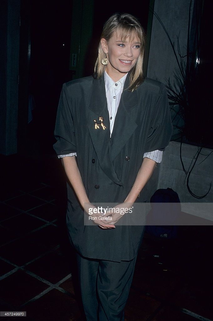 Actress Lar Park Lincoln attends the CBS Winter TCA Press Tour on January 14, 1990 at Campanelli's Restaurant in Los Angeles, California.