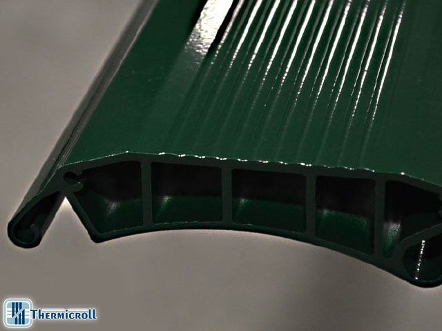 #Reinforced structure #designed for better face off #wind: best #industrial #door for your business!  #Wind? blown away with Thermicroll® Eolo  http://www.thermicroll.com/thermicroll-eolo/