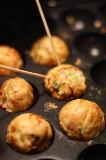 Making Takoyaki Ball at Home (Japanese Fried Octopus Cake) |自宅で作るたこ焼き