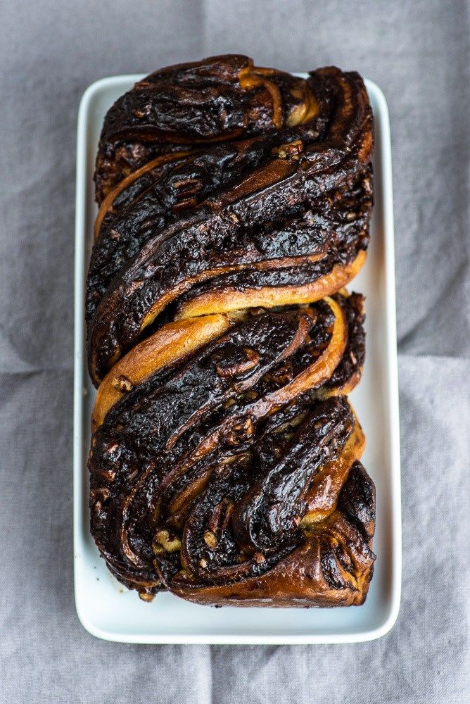Chocolate Babka Recipe by Yotam Ottolenghi (Jerusalem Cookbook). {photography by Mondomulia} Mehr