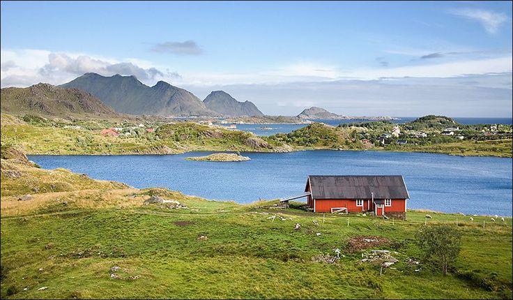 best photo of Village architecture near Ballstad, Lofoten, Norway  http://earth66.com/village/village-architecture-near-ballstad-lofoten-norway/