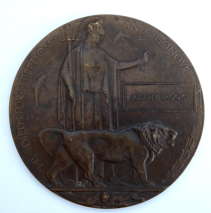 Death Plaque Penny WW1 Commonwealth Forces Casualty Joseph Brooks - The Collectors Bag