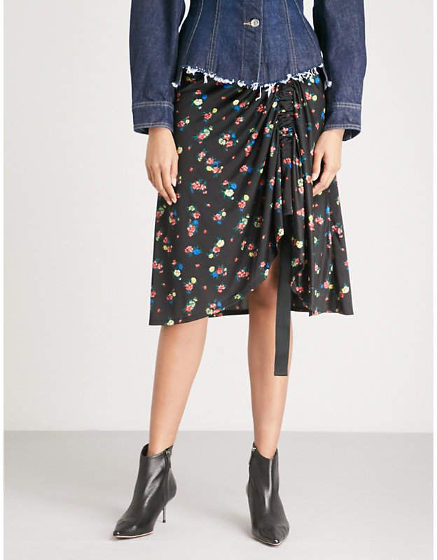 0b2be9d70d Floral-pattern satin-jersey skirt #case#point#Cut | home fashion ...