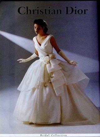 123 best bridal | gowns 1990s images on Pinterest | Short wedding ...