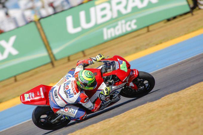 Matthieu Lussiana domina treinos de sexta-feira do Moto 1000 GP em Goiânia