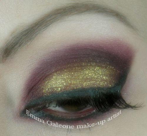 Bordeaux make-up