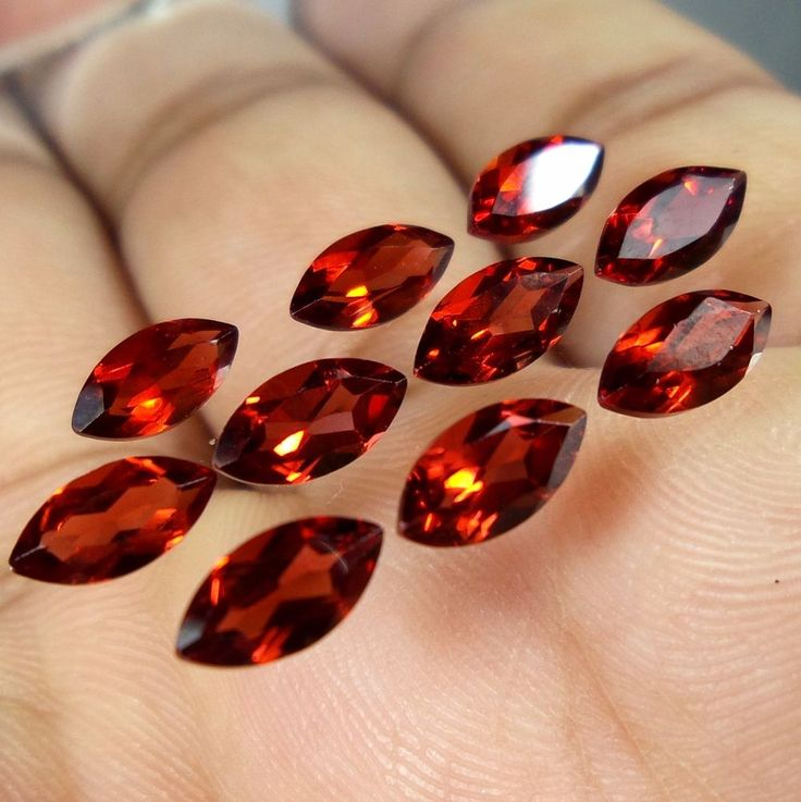 7x3.5 MM AAA Natural Mozambique Red Garnet Marquise Cut Shape Loose Gemstone #Unbranded