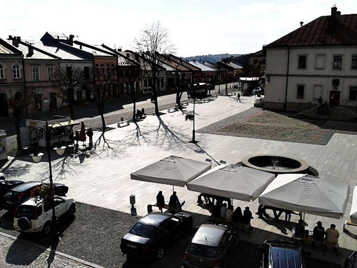 Zdjęcia średniowiecznego miasteczka Biecz | Wczasy pod gruszą Rynek w Bieczu, niedaleko miasta Jasło. http://www.domkiwbeskidach.pl/noclegi-jaslo.html