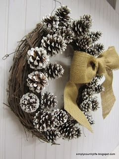 Here's another quick and easy, simple and neutral wreath.              The inspiration for this wreath came from Pinterest.