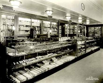 Photographs And Supplemental Materials Of The Fred Harvey Hotels 1896 1945 Union Station Pers Mart Chicago Illinois Retail Therapy Pinterest