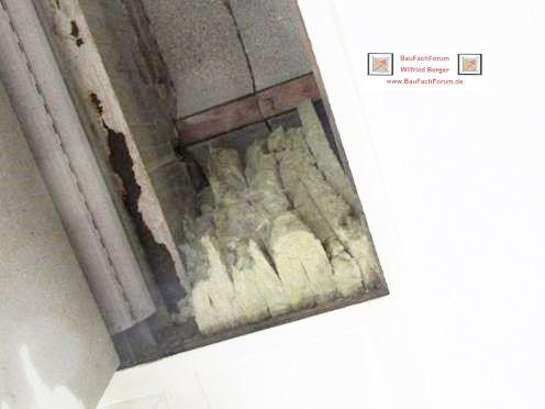 Fenstereinbau Fensterbau mit illbruck Fenstereinbauprodukte, BauFachForum Baulexikon Seepark Pfullendorf  der Tipp: Die Alte Dämmung in den Rollladenkästen war nur für Wärmedämmung ausgelegt. Nicht aber auf den Schallschutz.