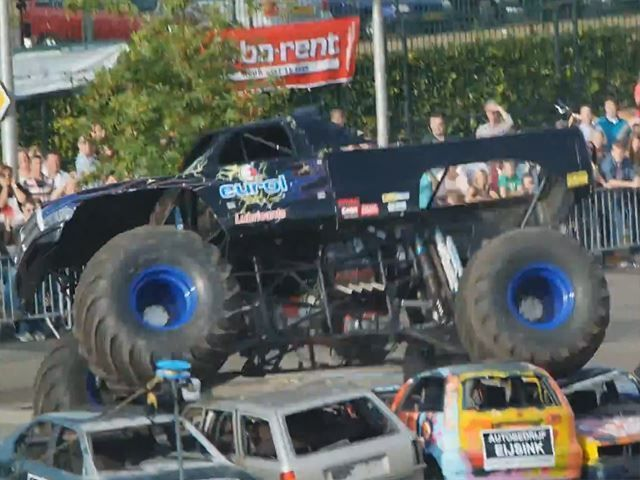 Monster Truck Plows Over Crowd in Holland #Trucks  - http://vixert.com/monster-truck-plows-crowd-holland/