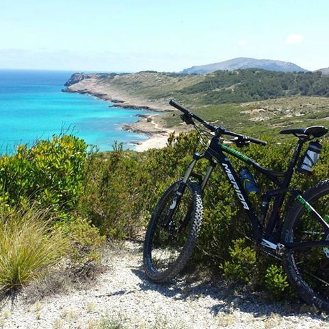 Todo esfuerzo se ve recompensado.  .  .  .  .  .  .  .  #cicling #mibiciyyo #Mallorca #Majorca #ciclismo #bici #mallorcaisland #VisitMallorca #igersMallorca #Baleares #balearicislands #igerBaleares #igerBalears #mallorcaworld #loves_balears #igers_mallorca #mediterranean #mediterraneo #unlimitedmallorca #inlovewithmallorca #cicling #vacaciones #vacation #traveling #travel #igtravel #travelgram #sports #lovetravel