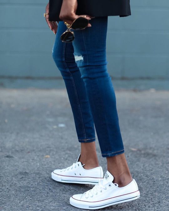 We love white converse and jeans together, always a great go to outfit for running errands, going to a baseball game, or going on a adventure!