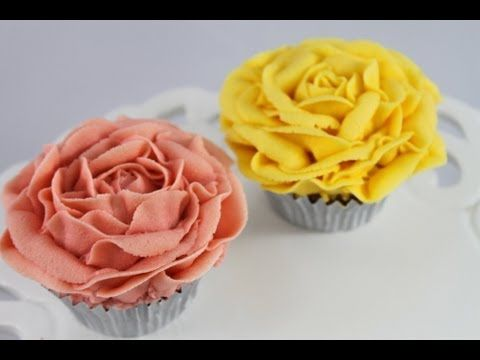 Cupcakes! Make Vintage Rose Cupcakes Using Buttercream