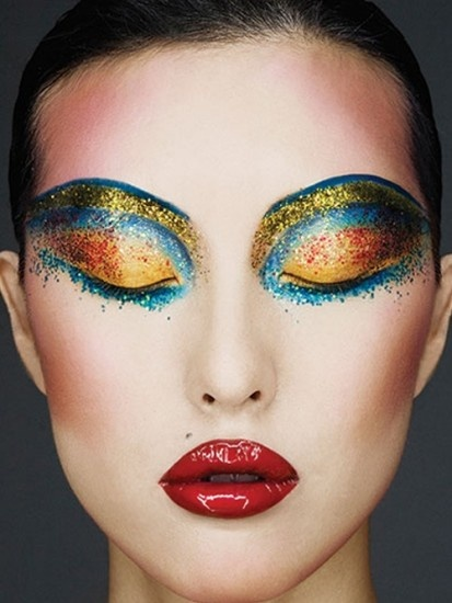 Glossy, glittering, and bright. #makeup