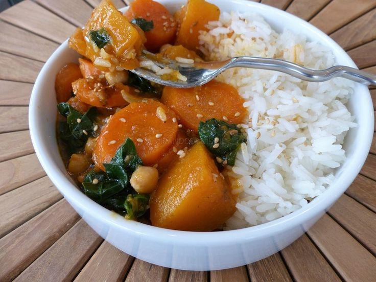 Curry de légumes d'automne au lait de coco (végétalien)