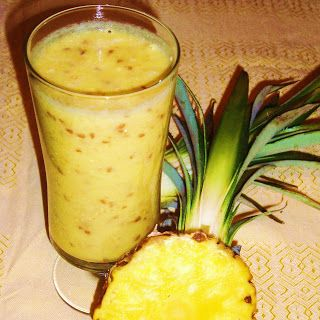Koktajl z ananasa należy koniecznie włączyć do diety odchudzającej. Ananasy zawierają dużo witaminy C i bromelainę, enzym, który pomaga w tr...