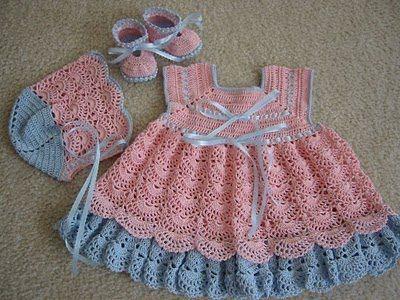 Vestido de crochê para bebe-azul