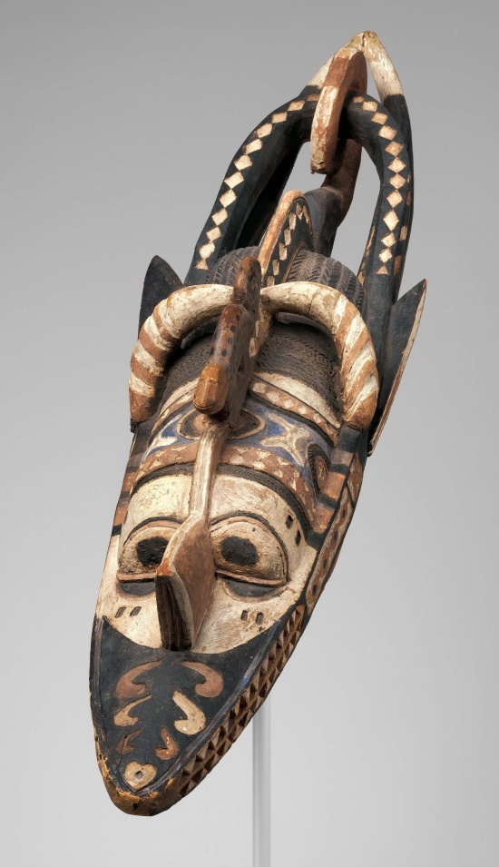 Africa   Mask (Banda) from the Nalu peoples, Niger River region, Guinea.   Wood, paint   19th - 20th century